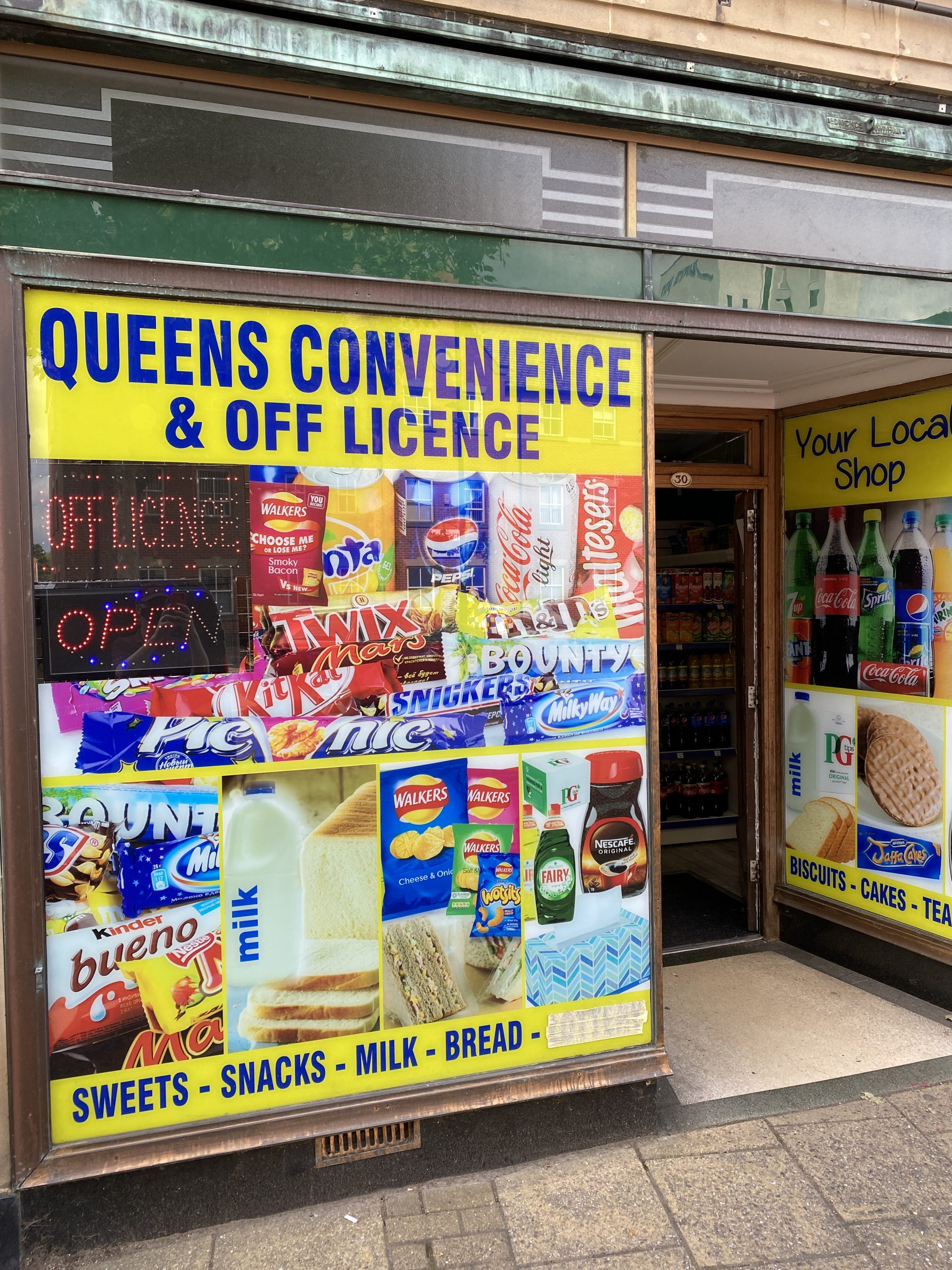 Queens Convenience and Off License